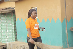 Leadership By Example, ED(Mrs. Anu Durojaye) Partaking In The Environmental Sanitation